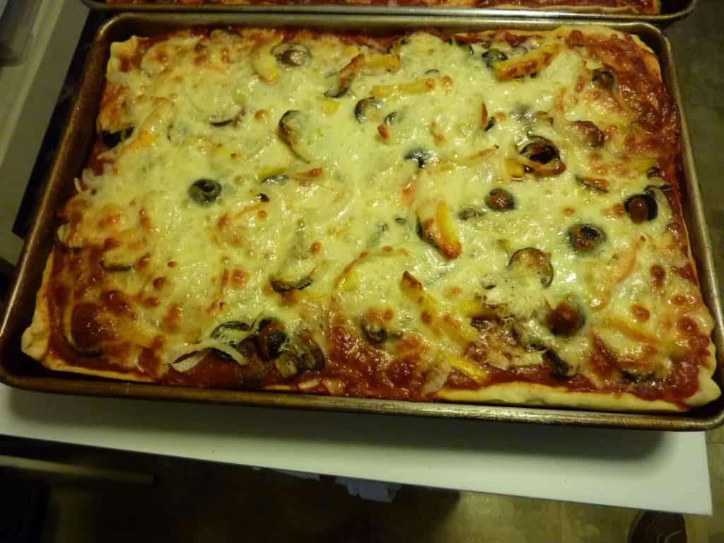 Pizza sauce recipe.   joeshealthymeals.com