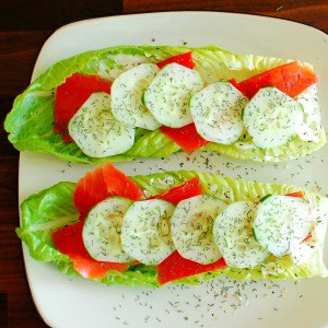 Smoked salmon on Romaine lettace