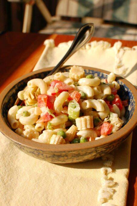 Easy Tasty Pasta Salad   joeshealthymeals.com