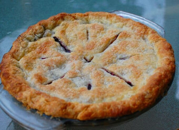 baked blueberry pie