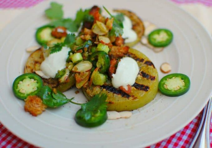Grilled green tomatoes with a tasty salad of scallions, cilantro, sliced almonds and toasted bread. | joeshealthymeals.com