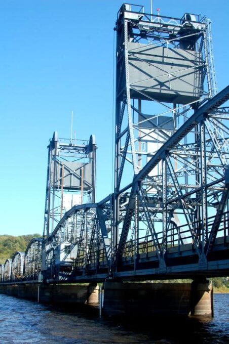 Old Stillwater Bridge | joehealthymeals.com