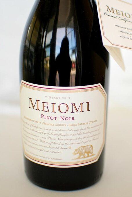 Meiomi pinot noir, 2013 scored 92 pts by Wine Spectator magazine. | joeshealthymeals.com