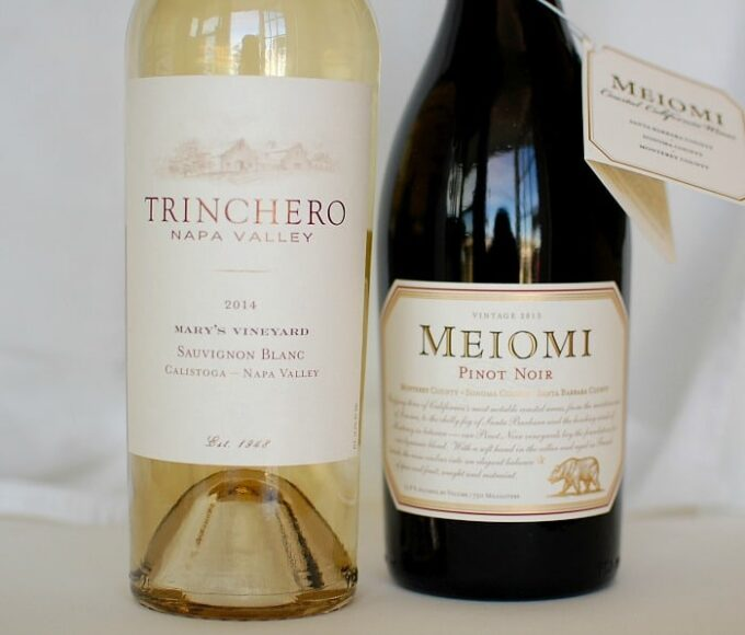 Thanksgiving Day Wines, One pinot noir and one sauvignon blanc, both excellent choices. | joeshealthymeals.com