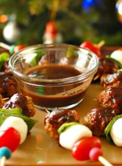Italian chicken meatball kebobs. Have these with the honey balsamic sauce. They are delicious and easy to make. | joeshealthymeals.com