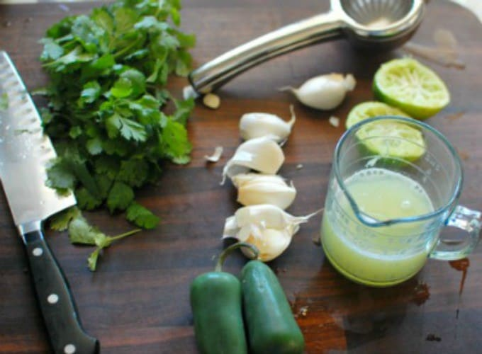 Mexican jalapeno taco sauce. Throw these ingredients in a blender and make yourself a beautiful taco sauce!   joehealthymeals.com
