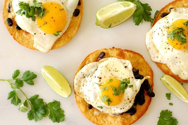 Black bean and egg tostada. Prefect recipe for breakfast, lunch, or dinner. What a yummy treat! | joeshealthymeals.com