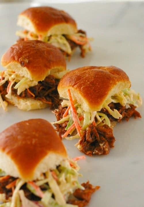 BBQ Jackfruit sliders. Just like pulled BBQ pork,except it is vegetarian. Deliciou stuff! | joeshealthymeals.com