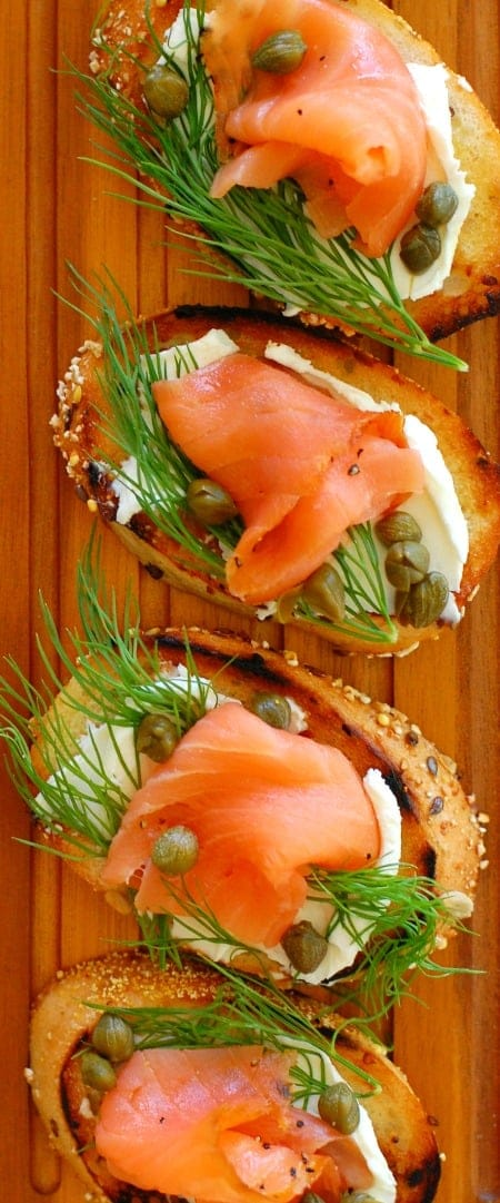 Smoked salmon dill and capers appetizer. Tasty appetizer to serve anytime. | joeshealthymeals.com