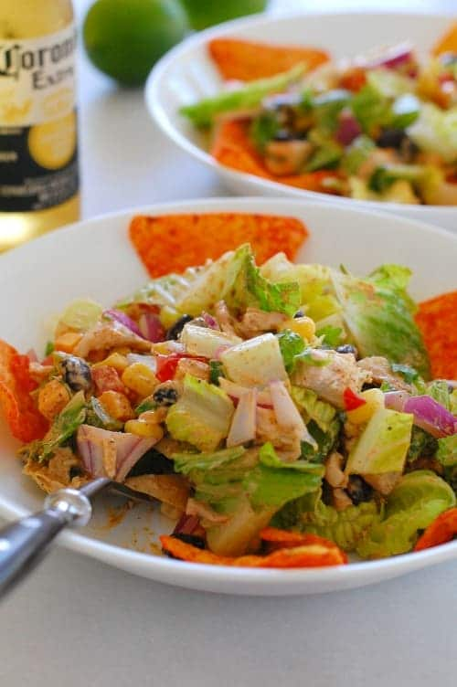Tex-Mex chopped chicken salad. Delicious, easy rotisserie chicken saladyou can make in a snap! | joeshealthymeals.com