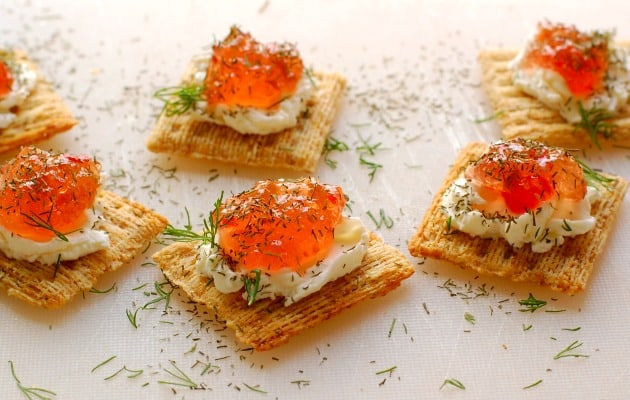 Pepper jelly and cream cheese appetizer. Super easy to make and so delicious to eat. Everyone loves these!   joeshealthymeals.com