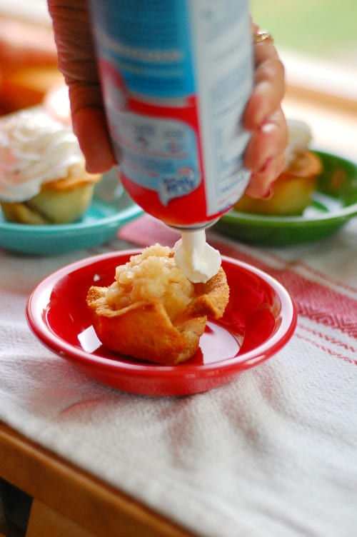 More Reddi Wip please. Tasty, simple to make dessert that everyone will love.   joeshealthymeals.com