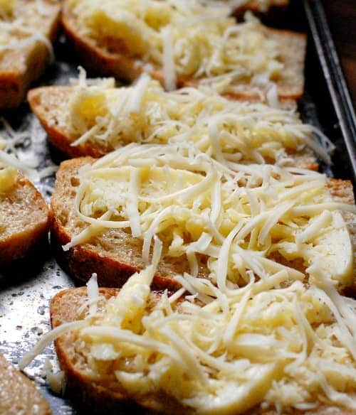 Italian dunkers with grated mozzarella. | joeshealthymeals.com