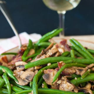Fresh Green Beans with Mushrooms and Bacon