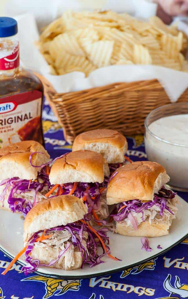 Hot turkey sandwiches for a crowd. Perfect for the big game party.   joeshealthymeals.com