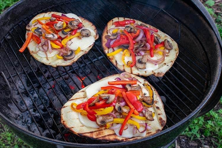 Grilled naan flatbread pizza recipe. | joeshealthymeals.com
