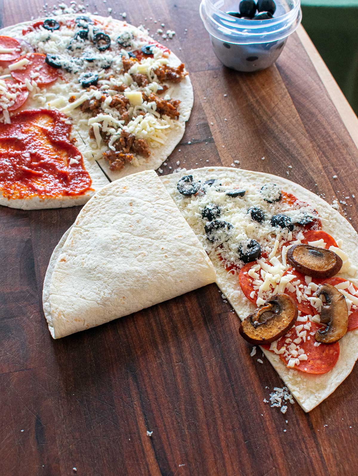 2 tortilla wrap pizzas